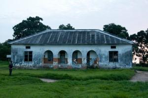 DSC_1310_Gammal vårdbyggnad Inkouélé